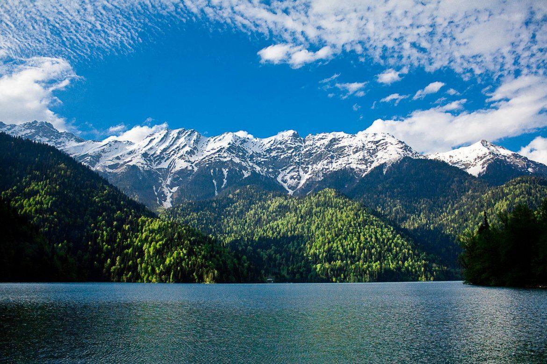 Солнечная Абхазия за 3 дня с застольем